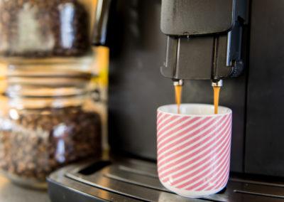 Le coworking et le café - une longue histoire